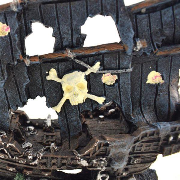 Bateau pirate d'aquarium