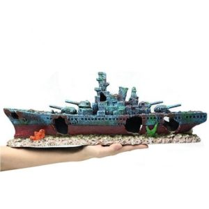 Épave de bateau de guerre d'aquarium