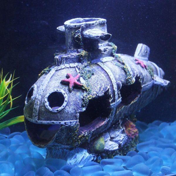 Épave de sous-marin aquarium